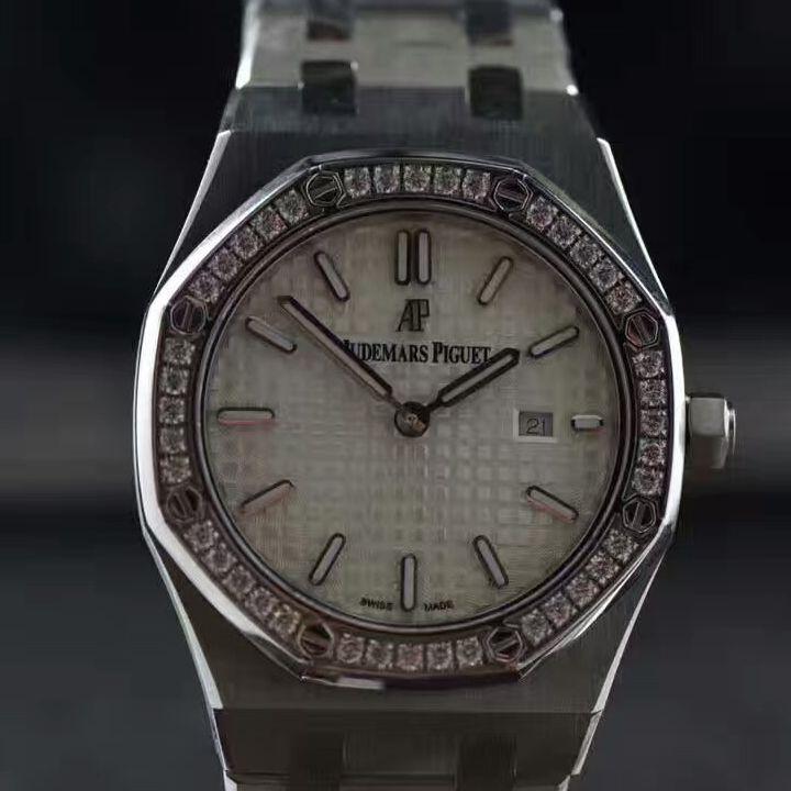 【视频解析1:1复刻手表】爱彼皇家橡树系列67651ST.ZZ.1261ST.01女装石英机芯价格报价