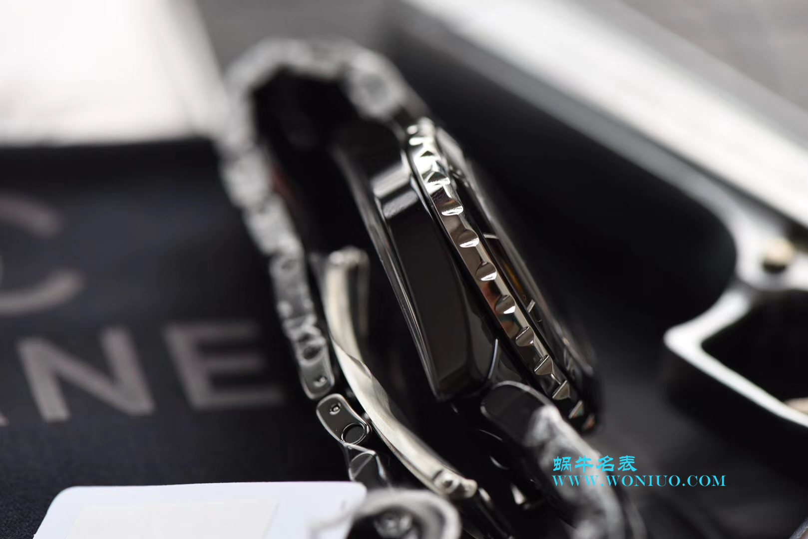 KOR韩版 香奈儿 J12香奈儿INTENSE 重置加强版女士石英黑面腕表 / X025