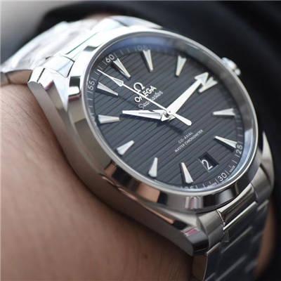 【VS一比一顶级超A高仿手表】欧米茄海马系列220.10.41.21.01.001、220.12.41.21.01.001腕表