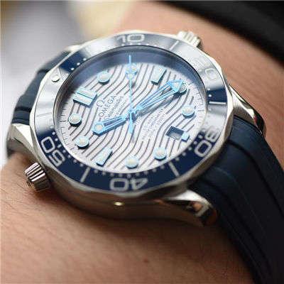 【VS厂一比一顶级复刻手表】欧米茄海马系列210.32.42.20.06.001腕表