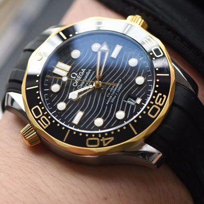 【VS厂顶级复刻手表】欧米茄新海马300M间黄金系列210.22.42.20.01.001腕表