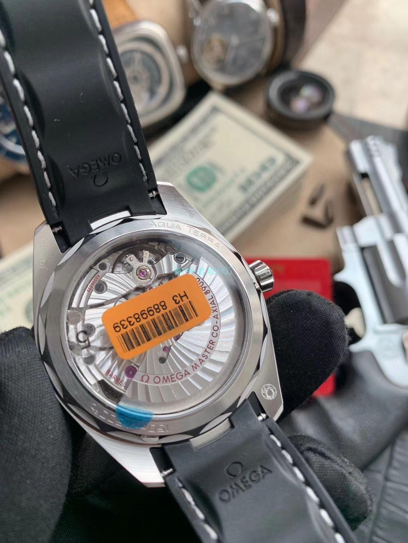 VS厂欧米茄绿海马150米柚木盘220.13.41.21.10.001腕表 / M693