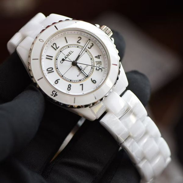BV厂香奈儿女士复刻手表新款背透J12系列H5705腕表价格报价