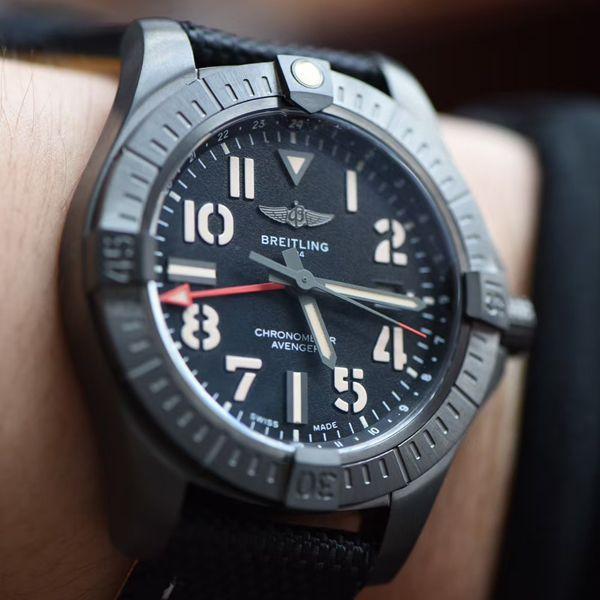 【视频评测】精仿百年灵复仇者GMT双时区手表V32395101B1X1腕表价格报价