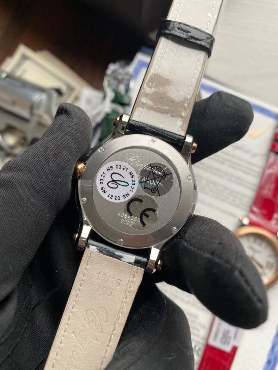 YF厂萧邦一比一超A高仿女士手表haopy sprot精品36毫米石英 / XB081
