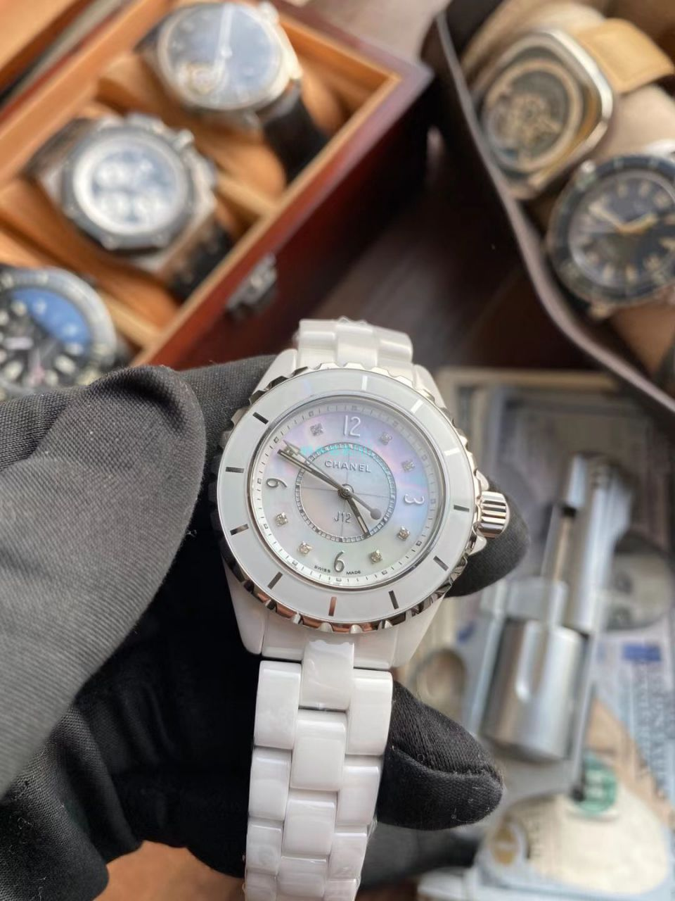 KOR厂最高版本香奈儿J12系列H2422超A高仿女士手表 / XB068