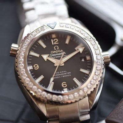 【KW一比一超A高仿手表】欧米茄海马海洋宇宙600米系列232.15.42.21.01.001腕表价格报价