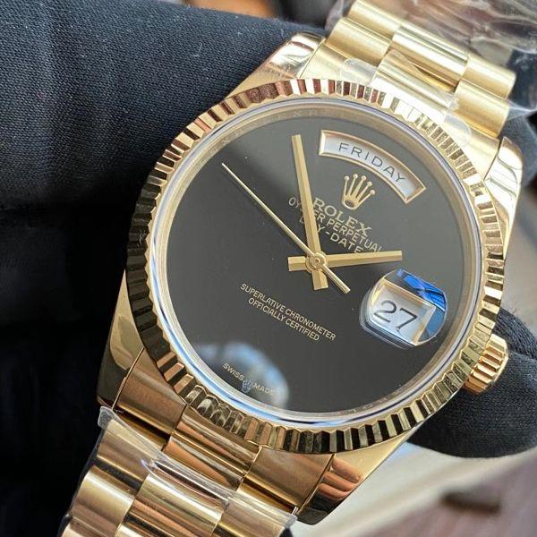 劳力士中东特别版极简星期日历型极简无刻度设计腕表价格报价